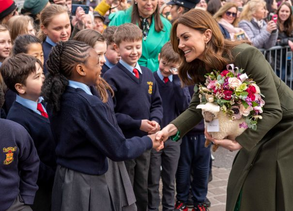 Kate Meets With Galwegians