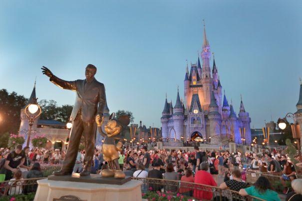 Disneyland Closes