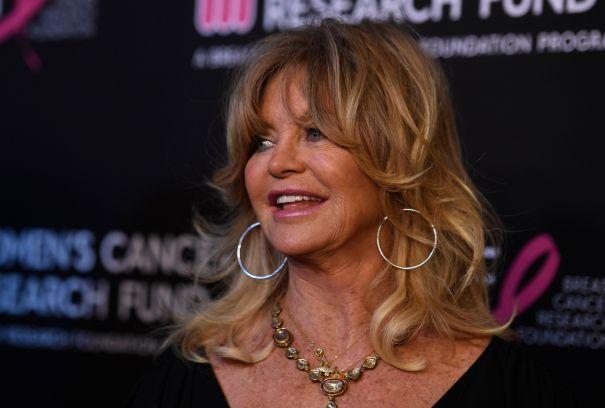Goldie Hawn, 74