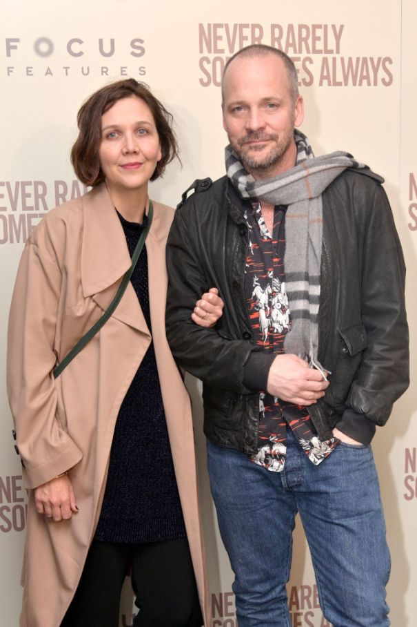 Maggie Gyllenhaal And Peter Sargaard