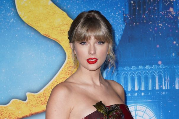 Taylor Swift Cancels Tour