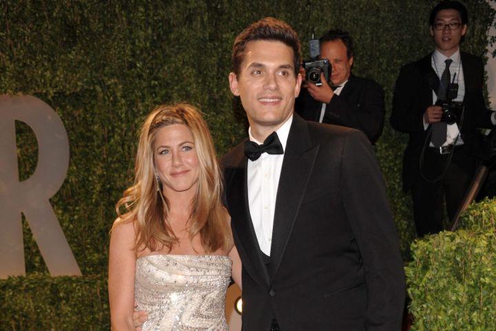 Jennifer Aniston and John Mayer. Photo: AP Photo/Evan Agostini/CP Images