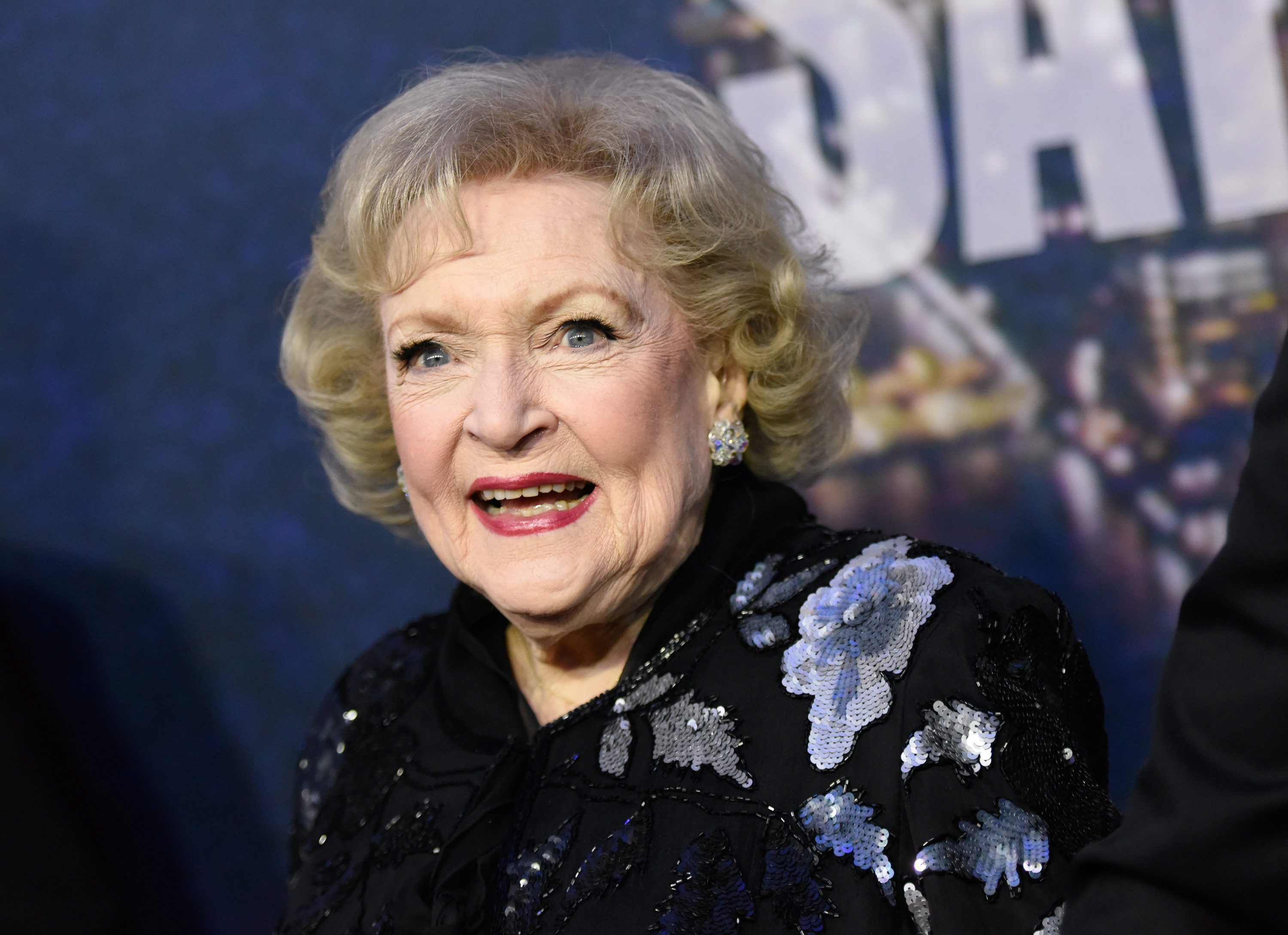 Lifetime Delays Upcoming Betty White Christmas Film To 2021
