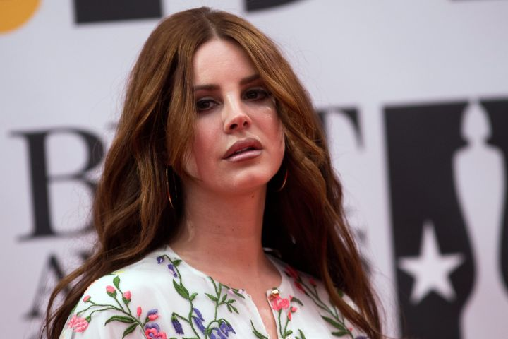 Lana Del Rey Slammed By Tinashe And Kehlani For Posting Photo Of Protesters Without Obscuring Their Identities