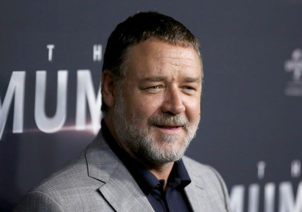 Russell Crowe To Play Mobster In 'American Son'