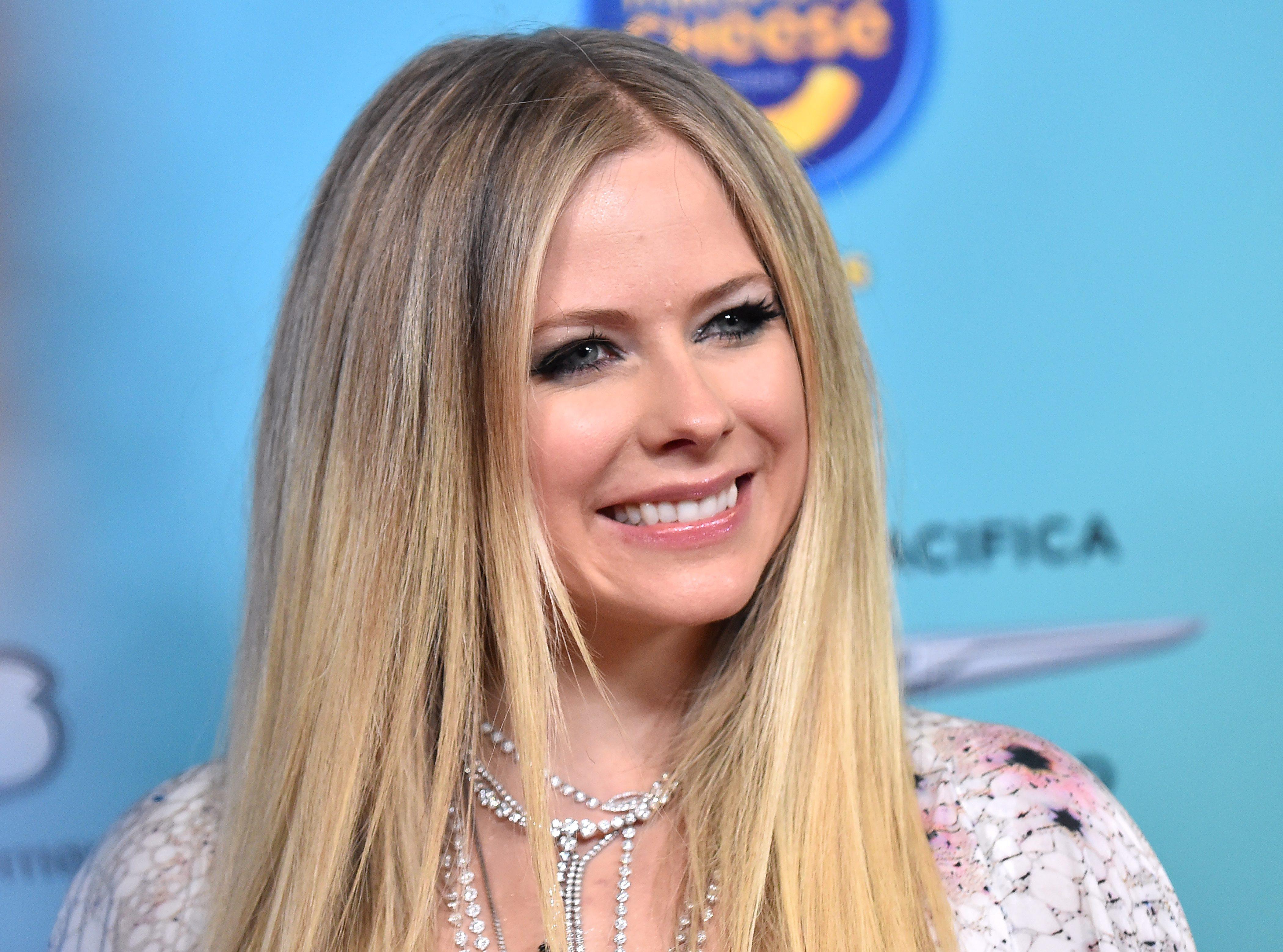 Avril Lavigne, Dua Lipa And More Join OHM Live's 24 Hour Livestream
