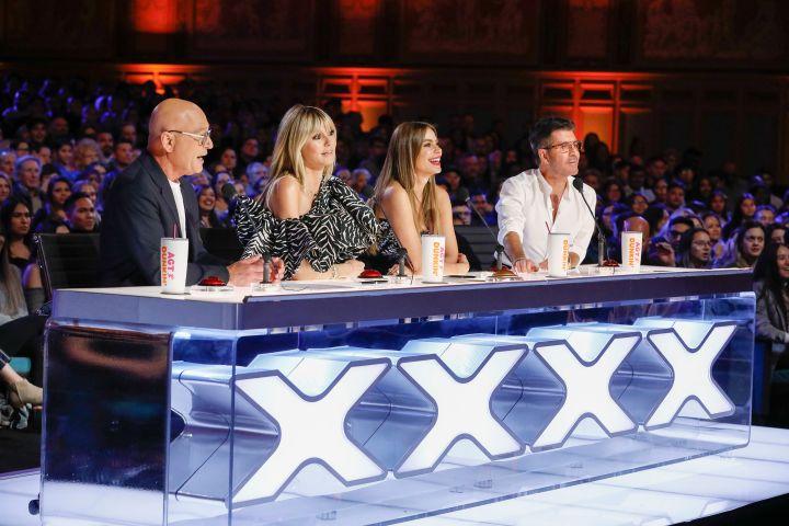 Howie Mandel, Heidi Klum, Sofia Vergara, Simon Cowell. Photo: Trae Patton/NBC