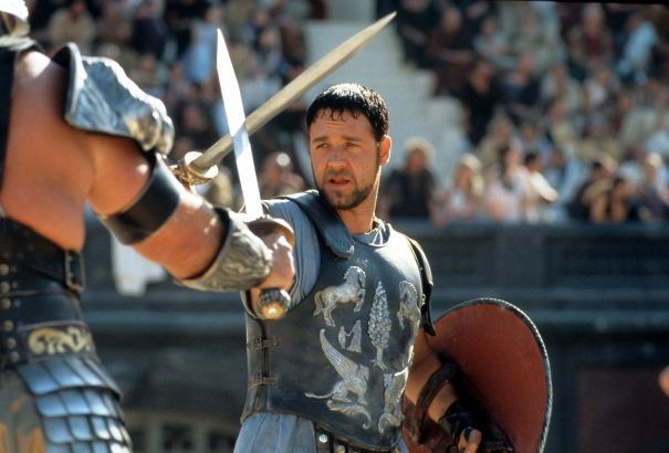 Oliver Reed vs. Russell Crowe