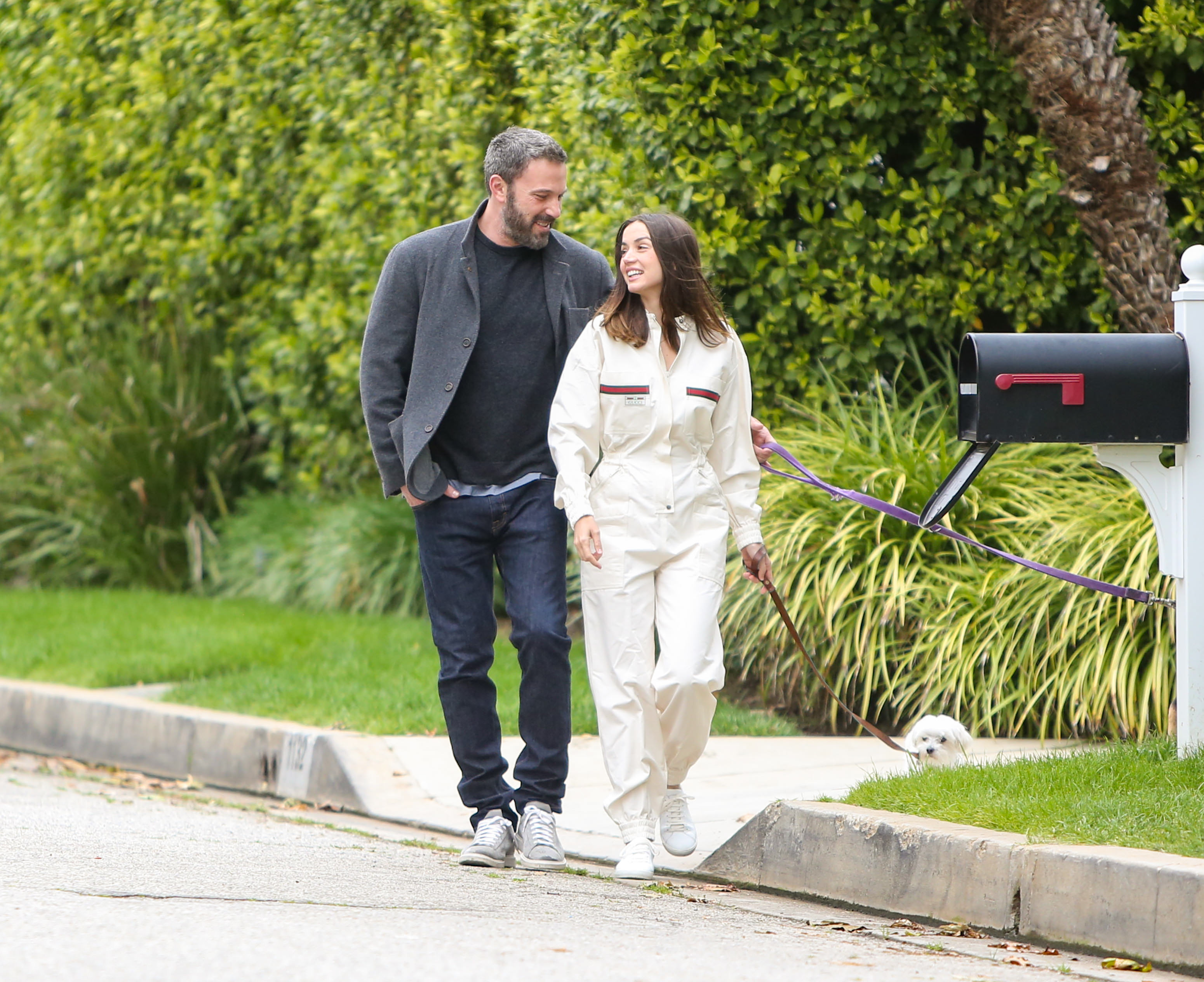Ben Affleck's Kids Put A Giant Ana De Armas Cutout In Front Of His House — See The Hilarious Pic