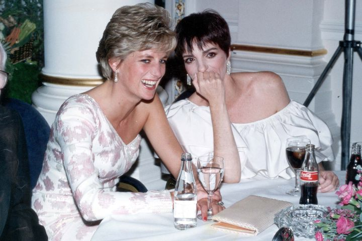 Princess Diana laughs with American performer Liza Minnelli on September 20, 1991 in London. (Photo by Dave Benett/Getty Images)