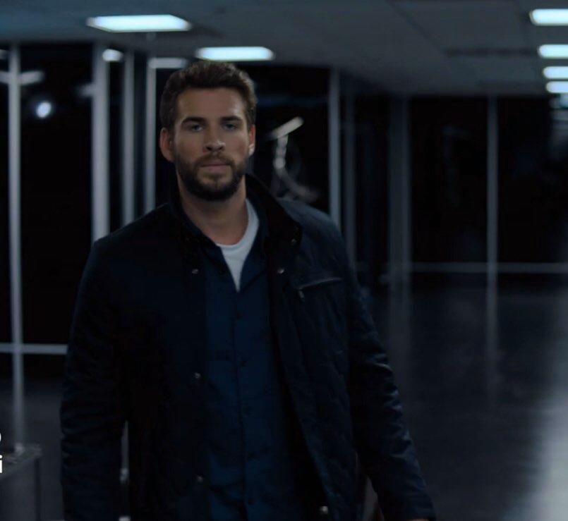 Liam Hemsworth Stars In Trailer For 'Most Dangerous Game'