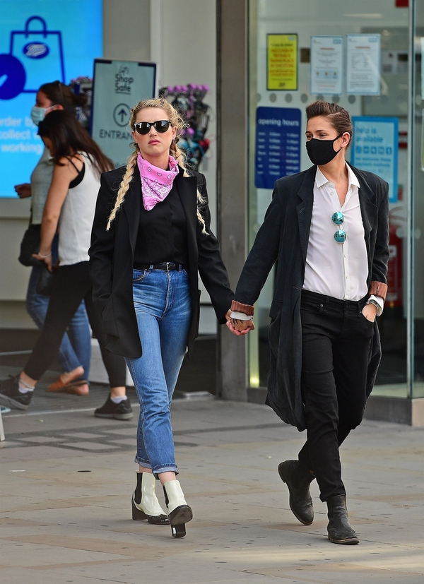 Amber Heard Steps Out With Girlfriend In London