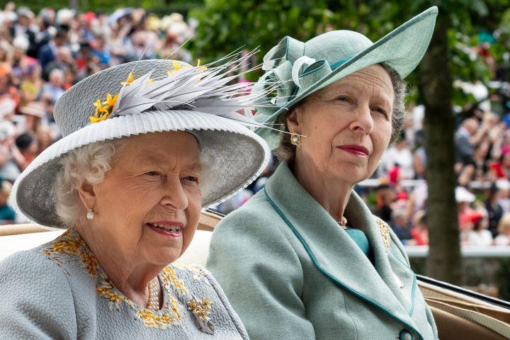 Queen Elizabeth II and Princess Anne. Photo: Mark Cuthbert/UK Press via Getty Images