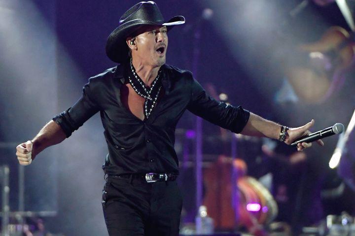 Tim McGraw Honoured By Pandora For Surpassing 7 Billion Streams