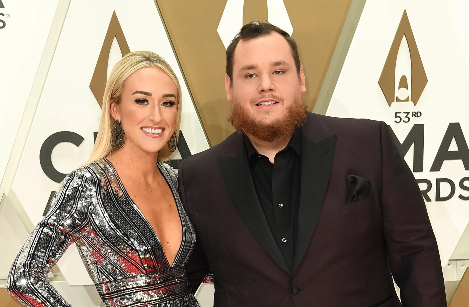 Country Singer Luke Combs Marries Longtime Girlfriend Nicole Hocking In Florida Wedding Etcanada Com