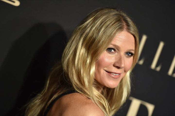 Gwyneth Paltrow Strips Down To Her Birthday Suit As She Turns 48 Earns Praise From Daughter Apple Etcanada Com
