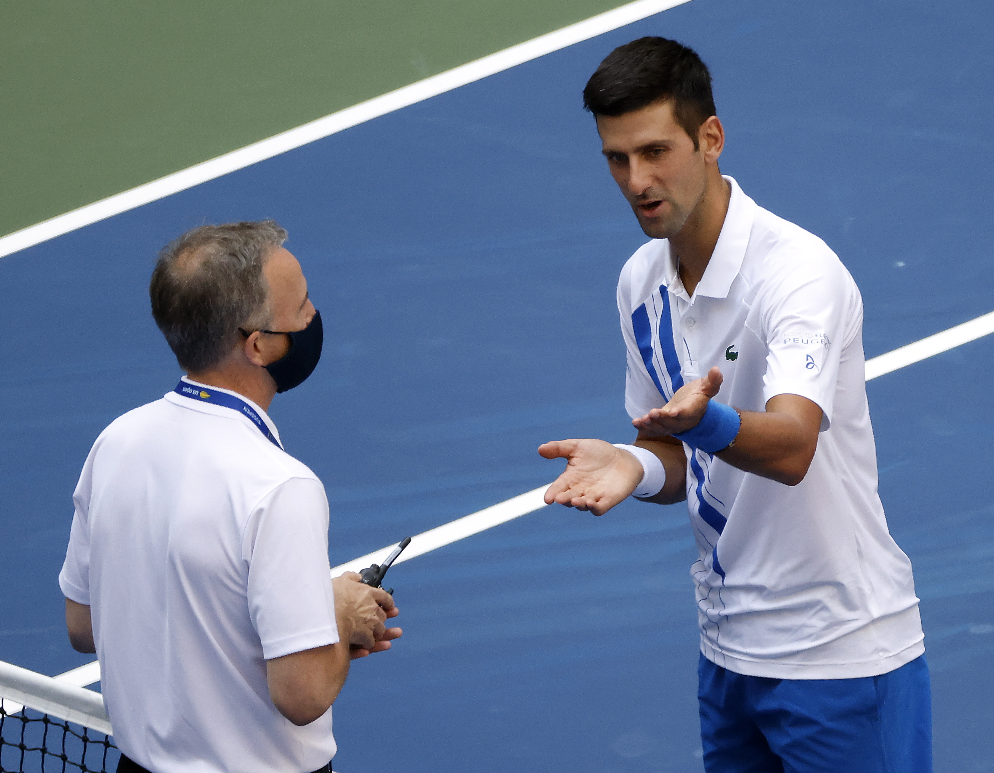 Djokovic Out Of U S Open After Hitting Line Judge With Ball Apologizes To Everyone Associated To His Behaviour Etcanada Com