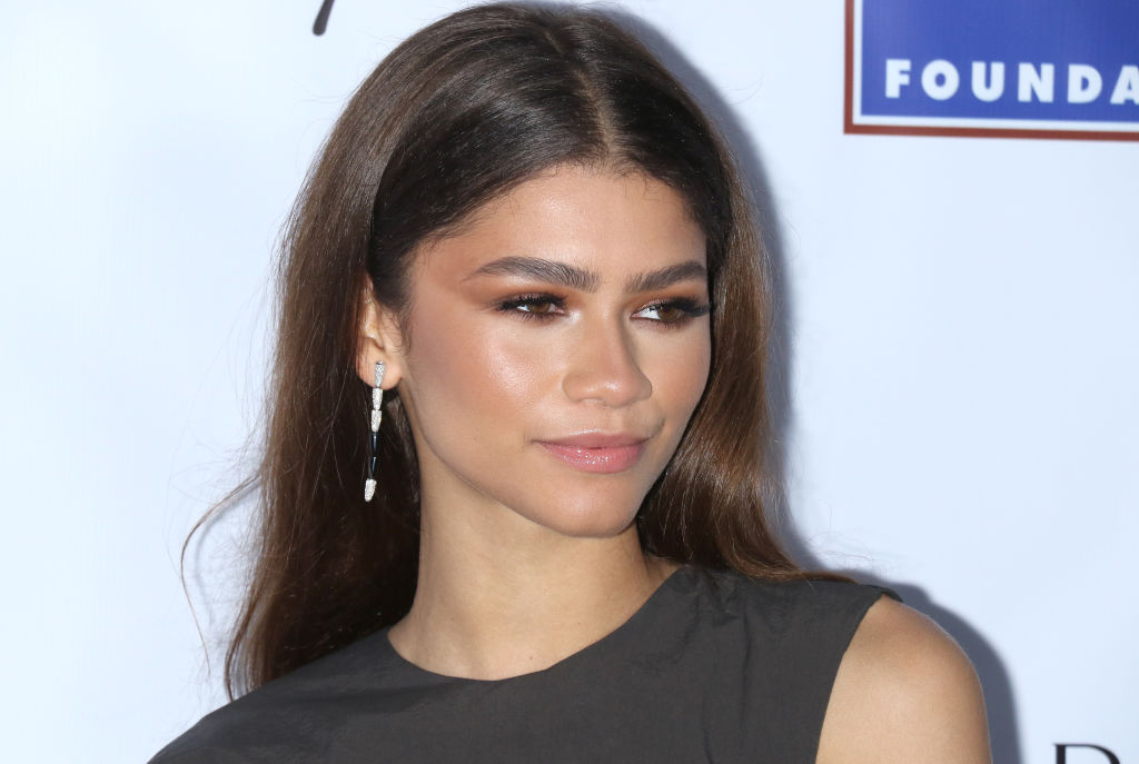 Zendaya Bags First Ever Emmy Win For 'Euphoria', Drake, Sarah Paulson & More React