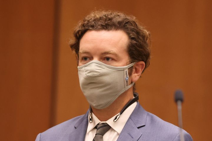 """Actor Danny Masterson is arraigned on three rape charges in separate incidents in 2001 and 2003, at Los Angeles Superior Court, Los Angeles, California, September 18, 2020. - The 44-year-old actor known for appearing on """"That '70s Show"""" and """"The Ranch"""" was ordered on September 18, 2020 to return to court October 19 for arraignment. (Photo by LUCY NICHOLSON / POOL / AFP) (Photo by LUCY NICHOLSON/POOL/AFP via Getty Images)"""
