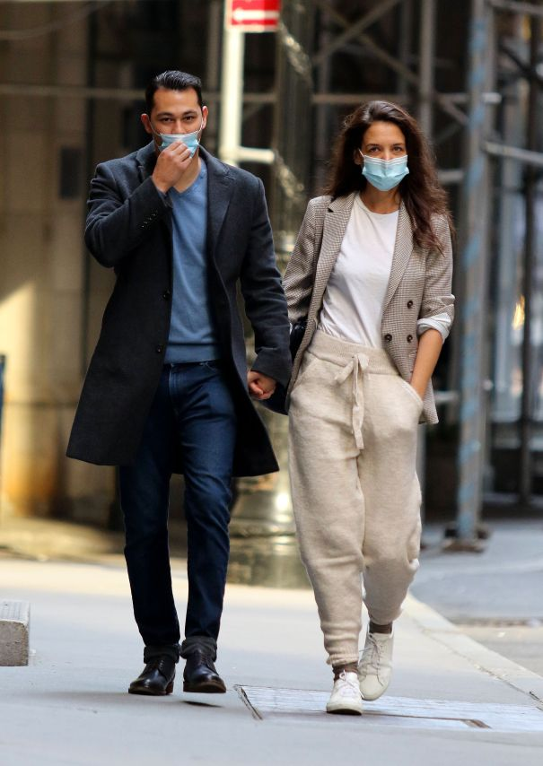 Katie Holmes And Emilio Vitolo Jr. Take A Stroll In NYC