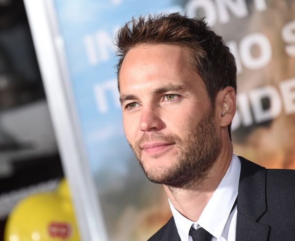 Taylor Kitsch Replaces MGK