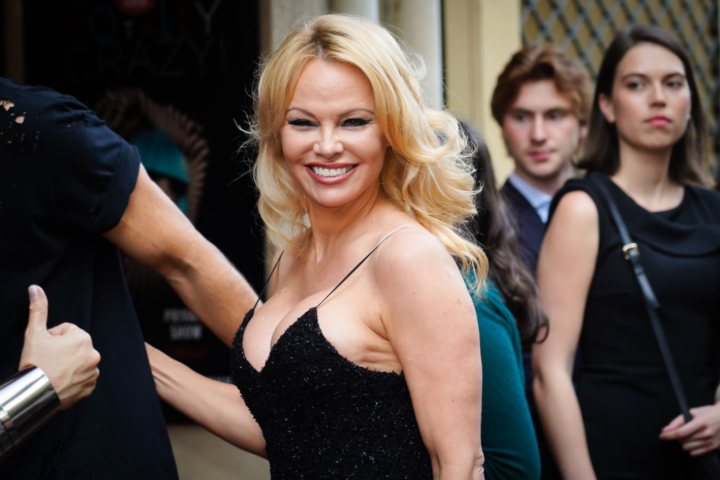 Pamela Anderson Thanks Israeli Government After They Take Steps To Ban Fur Trade