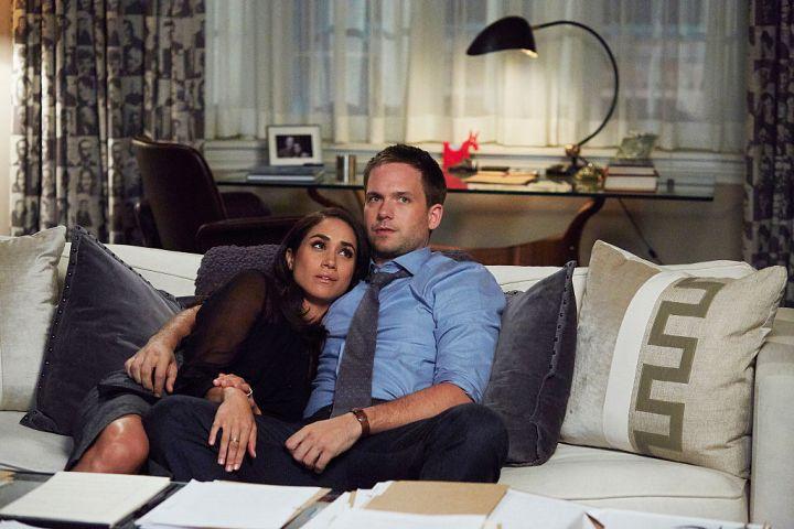 Meghan Markle as Rachel Zane and Patrick J. Adams as Michael Ross in 'Suits'