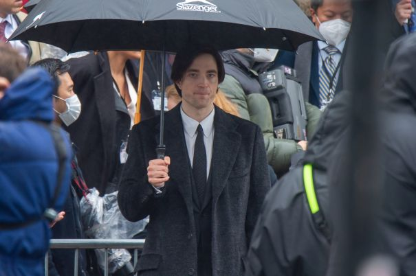 Robert Pattinson Back On 'Batman' Set