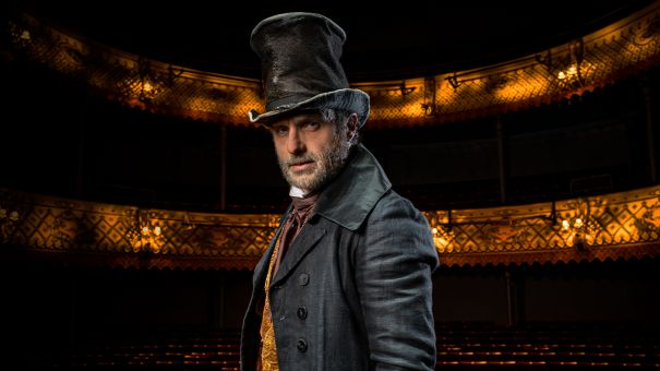 Andrew Lincoln To Play Scrooge In Virtual Stage Production