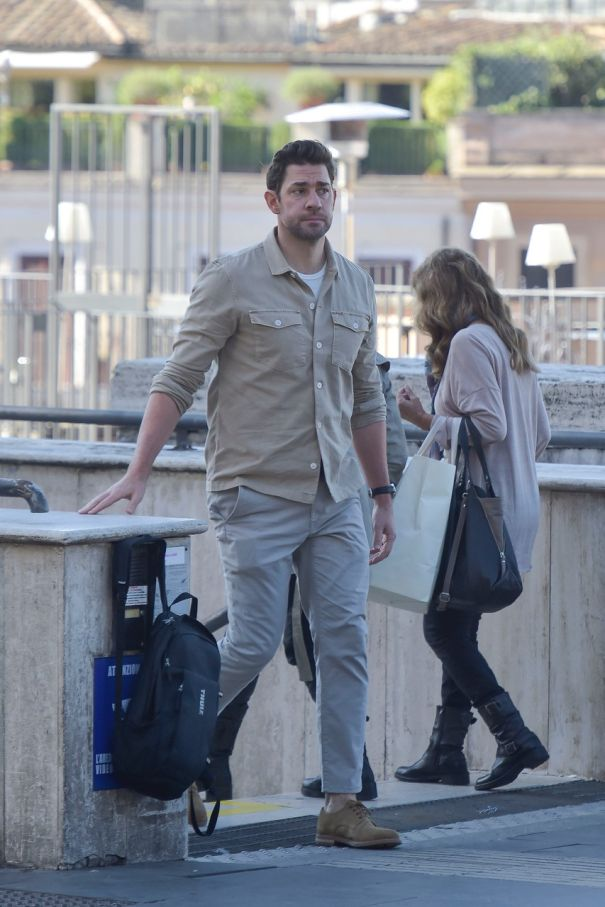 John Krasinski Keeps Casual For 'Jack Ryan'