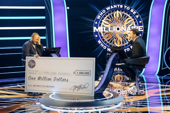 David Chang and Jimmy Kimmel. Photo: ABC/John Fleenor