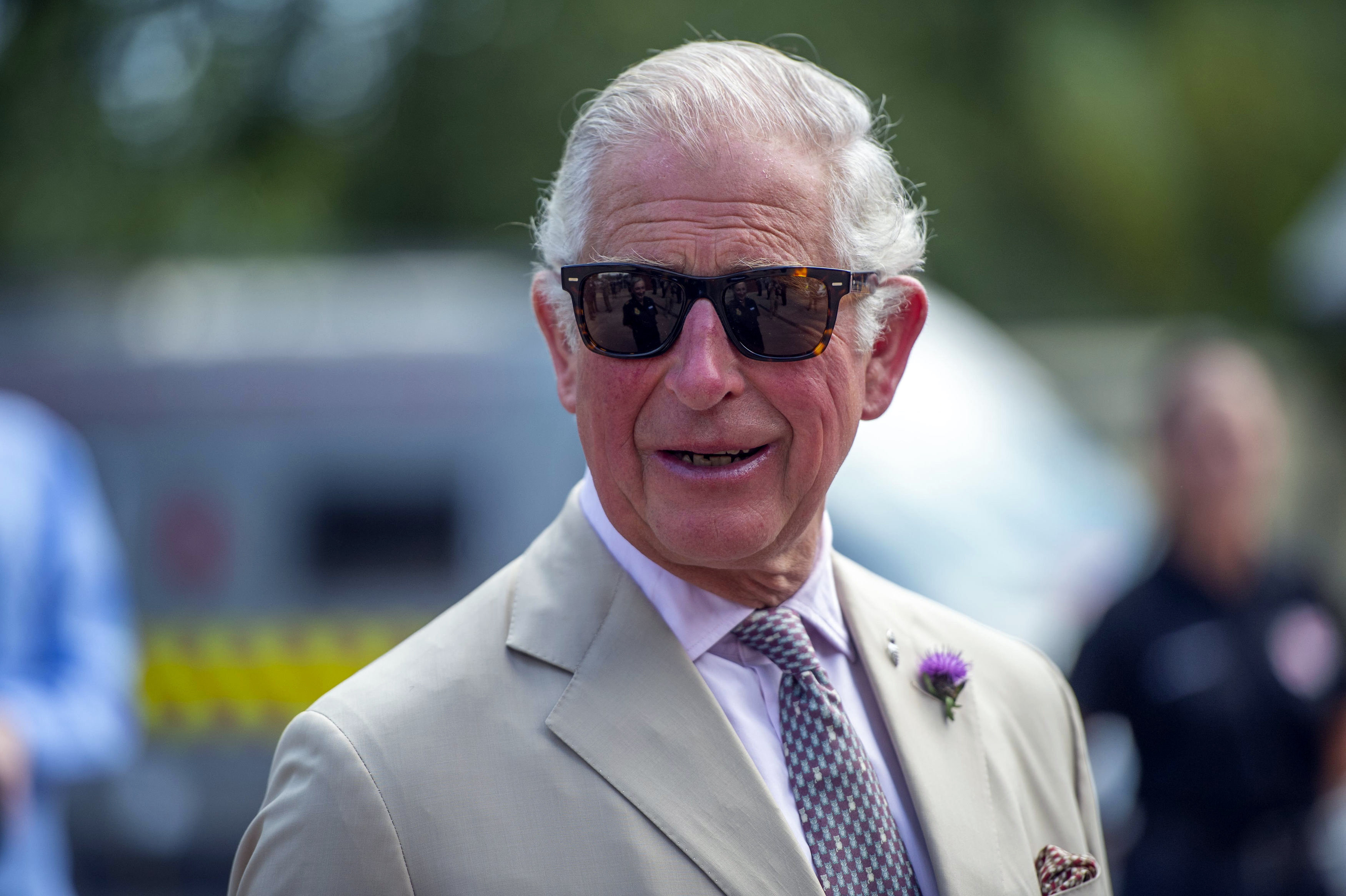 prince charles sad he hasn t seen prince harry and meghan markle s son archie in a year etcanada com seen prince harry and meghan