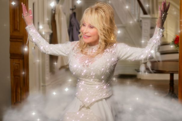 'Dolly Parton's Christmas on the Square'