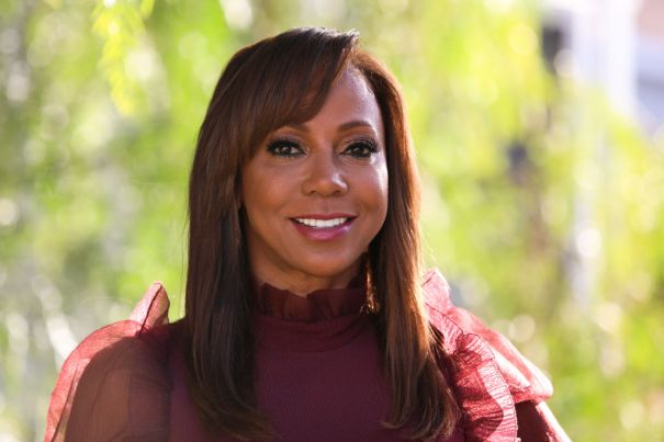 Holly Robinson Peete To Star On 'American Housewife'