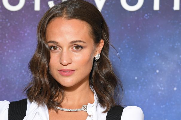 Alicia Vikander To Star In Reimagined 'Dial M For Murder'