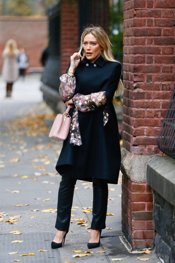 Hilary Duff Films 'Younger' In NYC