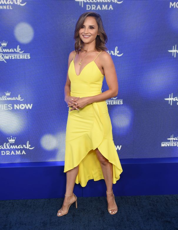 Rachael Leigh Cook Joins 'H's All That'