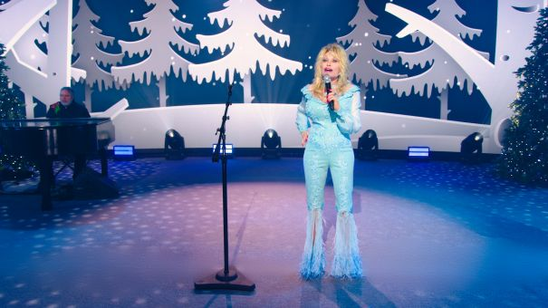 Dolly Parton Presents Holiday Special