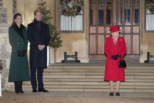 William and Kate Are Greeted By The Queen On Final Stop Of The Tour