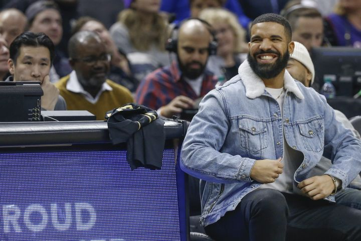 TORONTO, ON - FEBRUARY 21: Drake is in fine form. Toronto Raptors vs Phoenix Suns in 1st half action of NBA regular season play at ScotiaBank Arena. Toronto Star/Rick Madonik        (Rick Madonik/Toronto Star via Getty Images)
