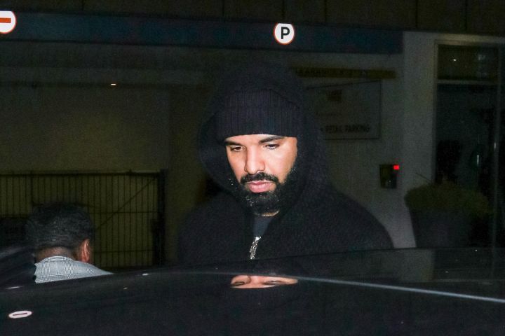 LOS ANGELES, CA - MARCH 10: Drake is seen on March 10, 2020 in Los Angeles, California.  (Photo by TM/Bauer-Griffin/GC Images)