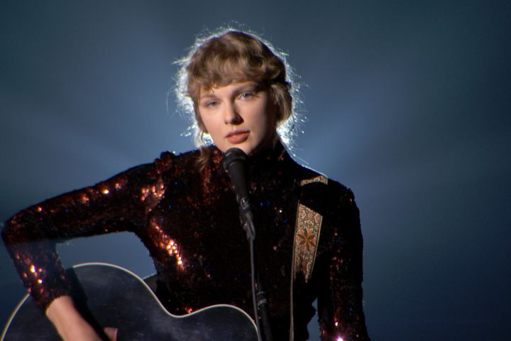 Taylor Swift. Photo: ACMA2020/Getty Images for ACM