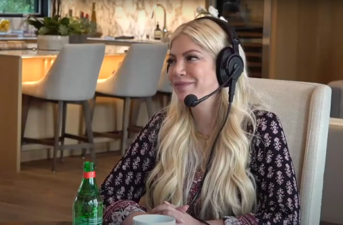 Tori Spelling On Living In Her Parents' 56,000-Square-Foot Mansion & Her Mom's Doll Museum