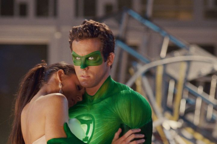 GREEN LANTERN, l-r: Blake Lively, Ryan Reynolds, 2011, ©Warner Bros. Pictures/courtesy Everett Collection/CP Images