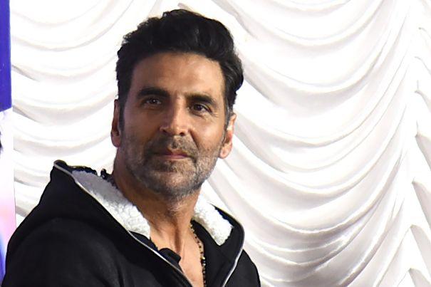 Bollywood Star Akshay Kumar Reveals COVID-19 Diagnosis