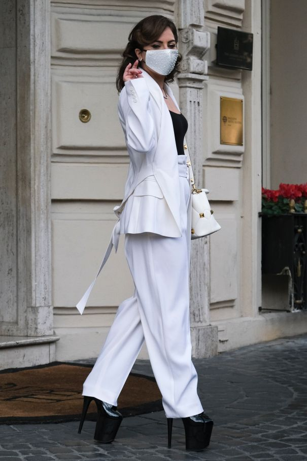 Lady Gaga Struts In Rome