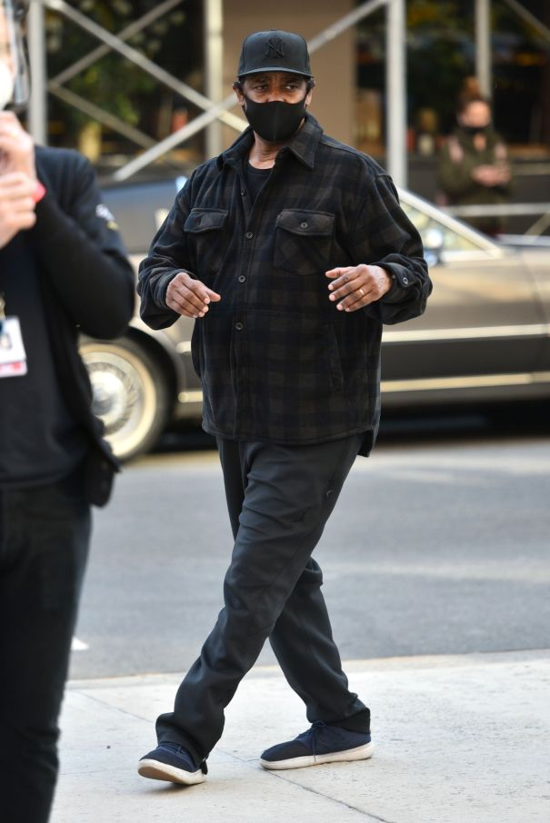 Denzel Washington Spotted In NYC