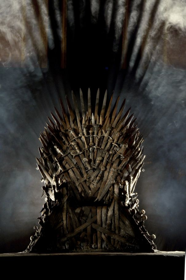 An Iconic Lord Of The Rings Sword Is Hidden In The Iron Throne