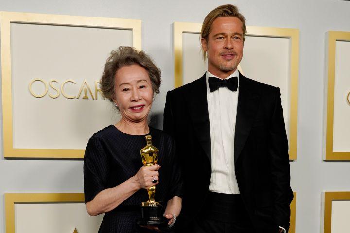 Yuh-Jung Youn, Brad Pitt