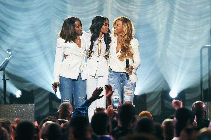 """Singers Michelle Williams, Kelly Rowland and Beyonce performing """"Say Yes"""" during the 30th Annual Stellar Awards at the Orleans Arena on March 28, 2015 in Las Vegas."""